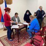 ЈУЧЕ ПОТПИСАНИ УГОВОРИ: Грађевински материјал за девет ибегличких породица